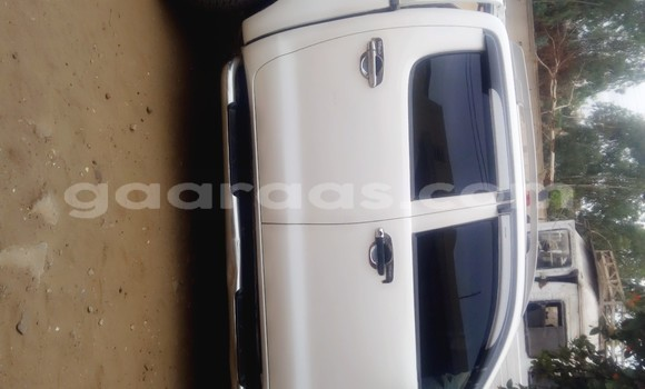 Acheter Occasions Voiture Toyota Hilux Blanc à Dakar au Dakar