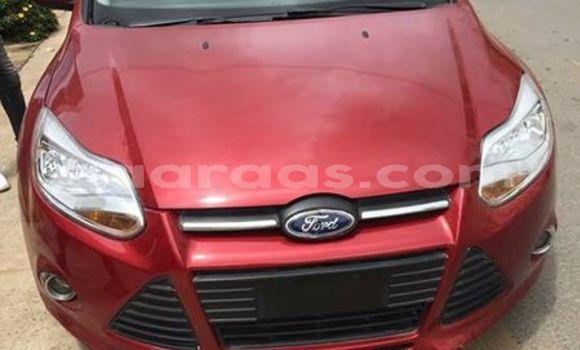 Acheter Occasions Voiture Ford Focus Rouge à Dakar au Dakar