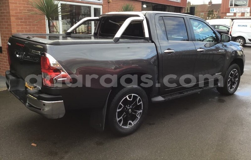 Big with watermark toyota hilux diourbel touba 7588