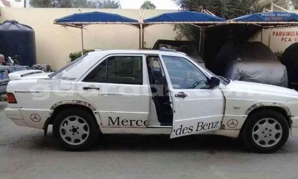 Acheter Occasion Voiture Mercedes Benz 190 Blanc à Dakar, Dakar