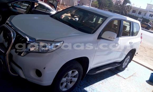 Acheter Occasion Voiture Toyota Prado Blanc à Dakar, Dakar