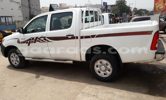 Acheter Occasion Voiture Toyota Hilux Blanc à Dakar, Dakar
