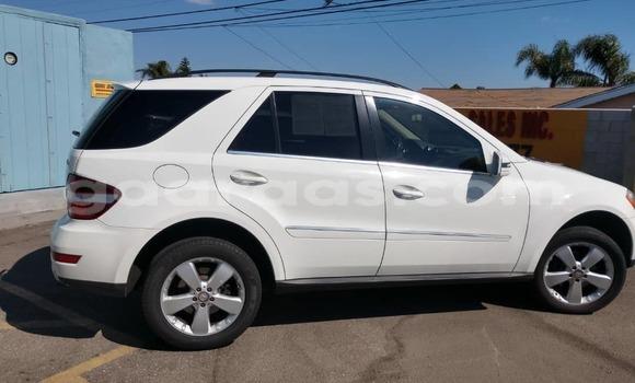Acheter Occasion Voiture Mercedes Benz ML–Class Blanc à Dakar, Dakar
