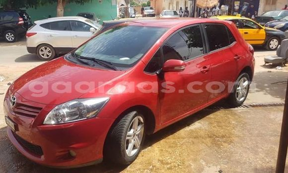 Acheter Importer Voiture Toyota Auris Rouge à Dakar, Dakar