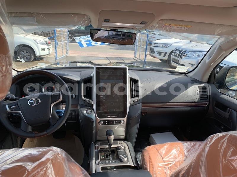 Buy Import Toyota Land Cruiser Black Car in Dakar in Dakar - Gaaraas