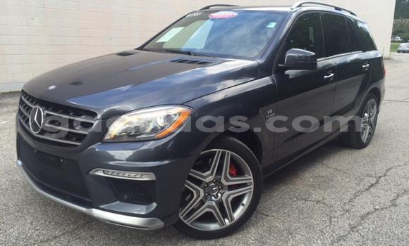 Acheter Occasion Voiture Mercedes Benz ML–Class Noir à Dabo, Kolda