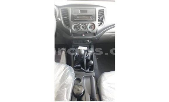 Acheter Importé Voiture Mitsubishi L200 Other à Import - Dubai, Dakar