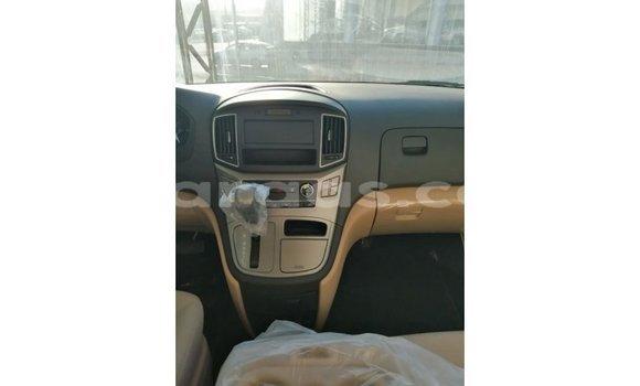 Acheter Importé Voiture Hyundai Accent Other à Import - Dubai, Dakar