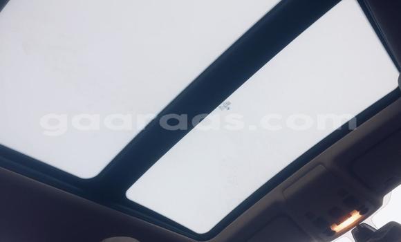 Buy Used BMW 1er Brown Car in Dakar in Dakar