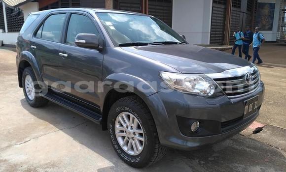 Acheter Occasion Voiture Toyota Fortuner Beige à Dakar, Dakar