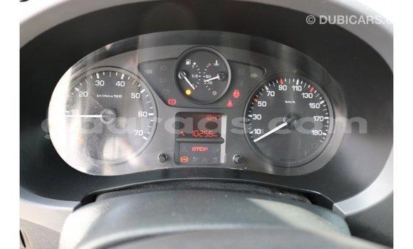 Acheter Importé Voiture Peugeot Partner Blanc à Import - Dubai, Dakar