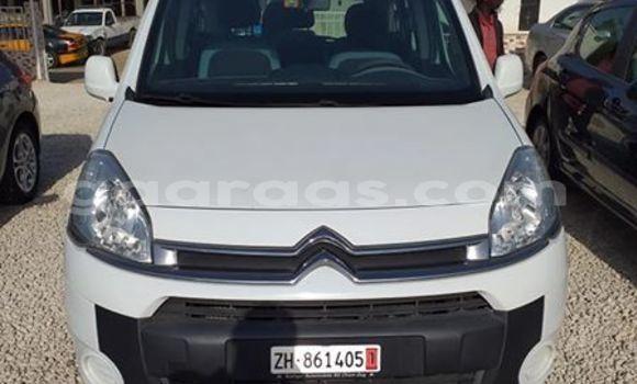 Acheter Occasion Voiture Citroen Berlingo Blanc à Dakar, Dakar