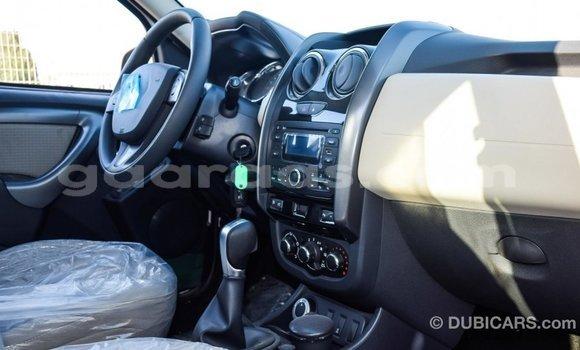 Acheter Importé Voiture Renault Duster Blanc à Import - Dubai, Dakar