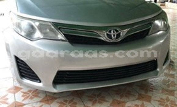 Buy Used Toyota Camry Silver Car in Dakar in Dakar