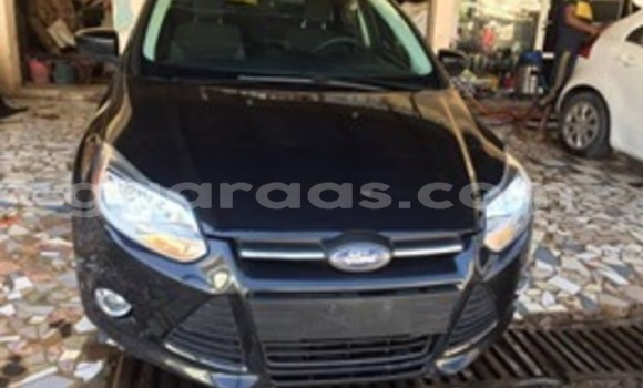 Buy Used Ford Focus Blue Car in Dakar in Dakar