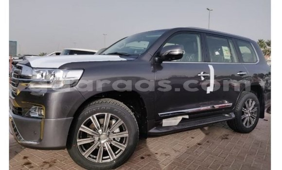 Buy Import Toyota Land Cruiser Other Truck in Import - Dubai in Dakar