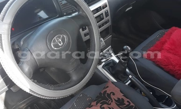 Buy Used Toyota Corolla Red Car in Dakar in Dakar