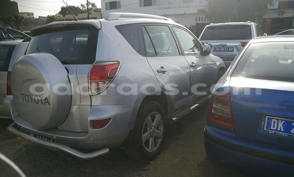 Acheter Occasion Voiture Toyota RAV4 Gris à Gueule Tapee Fass Colobane au Dakar