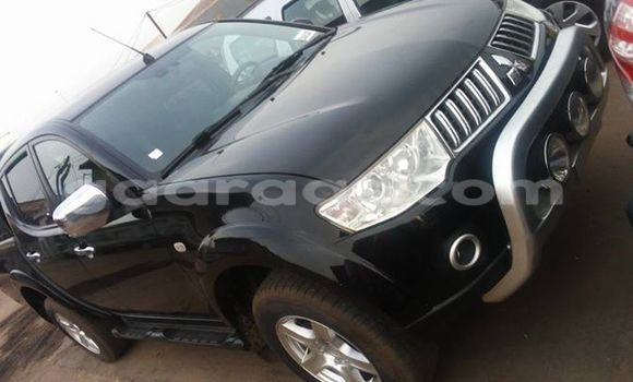 Acheter Occasion Voiture Mitsubishi L200 Noir à Gueule Tapee Fass Colobane au Dakar