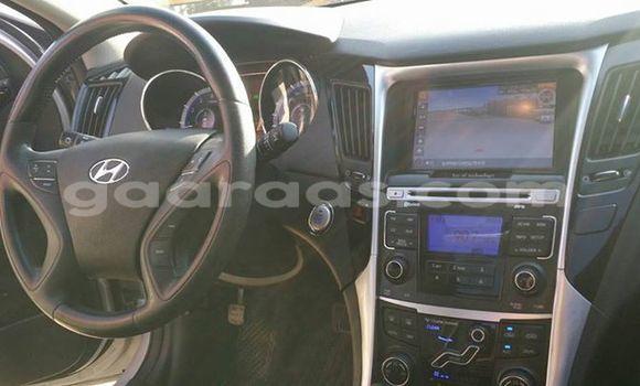 Acheter Occasion Voiture Hyundai Sonata Gris à Gueule Tapee Fass Colobane au Dakar