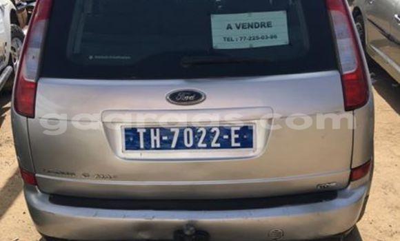 Acheter Occasion Voiture Ford Focus Gris à Gueule Tapee Fass Colobane au Dakar
