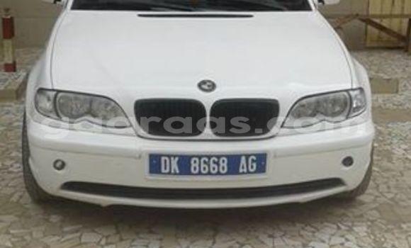 Acheter Occasion Voiture BMW 3-Series Blanc à Gueule Tapee Fass Colobane au Dakar