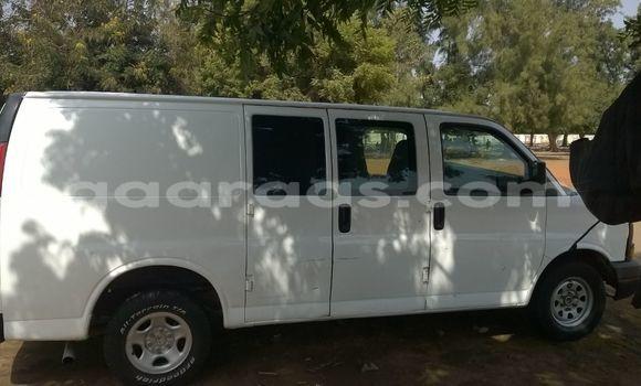 Acheter Occasion Voiture Chevrolet Caprice Blanc à Ouakam au Dakar