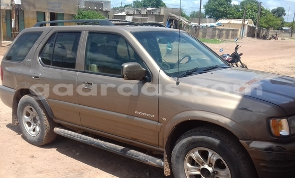 Buy Used Isuzu Rodeo Brown Car in Vélingara in Tambacounda