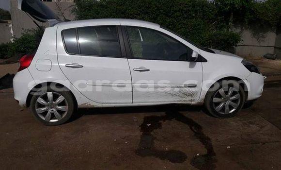 Acheter Occasion Voiture Renault Clio Blanc à Gueule Tapee Fass Colobane au Dakar