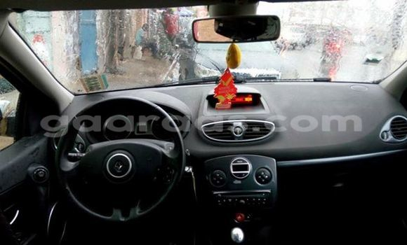Acheter Occasion Voiture Renault Clio Gris à Gueule Tapee Fass Colobane au Dakar