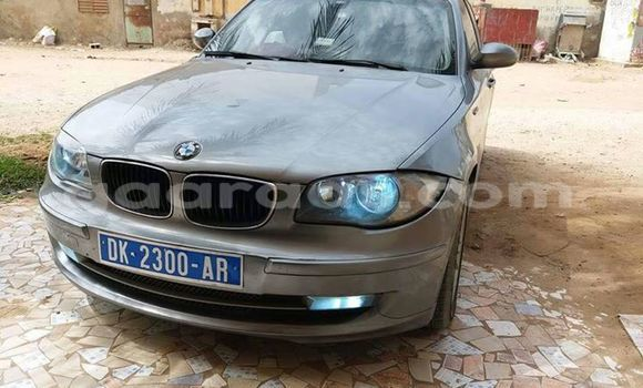 Acheter Occasion Voiture BMW 3-Series Gris à Gueule Tapee Fass Colobane au Dakar
