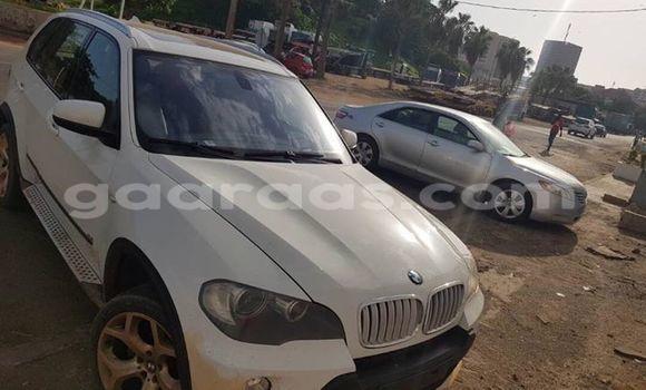 Acheter Occasion Voiture BMW X5 Blanc à Gueule Tapee Fass Colobane au Dakar