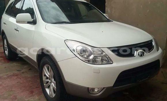 Acheter Occasion Voiture Hyundai ix35 Blanc à Gueule Tapee Fass Colobane au Dakar