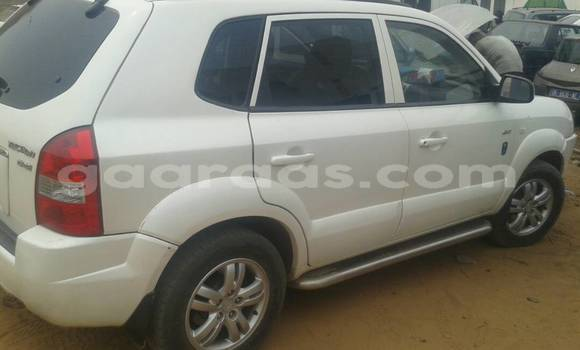 Buy Used Hyundai Tucson White Car in Keur Massar in Dakar