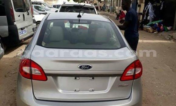 Acheter Occasion Voiture Ford Fiesta Gris à Gueule Tapee Fass Colobane au Dakar
