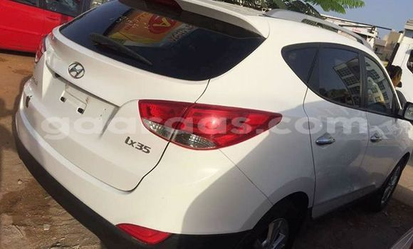 Buy Used Hyundai ix35 White Car in Gueule Tapee Fass Colobane in Dakar