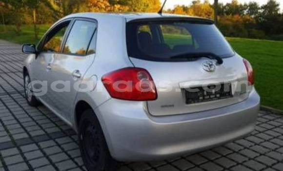 Acheter Occasion Voiture Toyota Auris Gris à Parcelles Assainies au Dakar