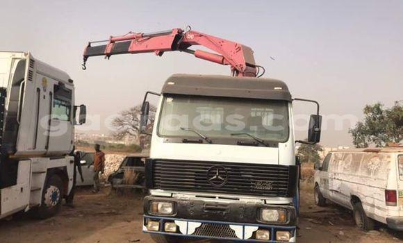 Acheter Occasion Utilitaire Mercedes‒Benz 4154 Blanc à Grand Dakar au Dakar