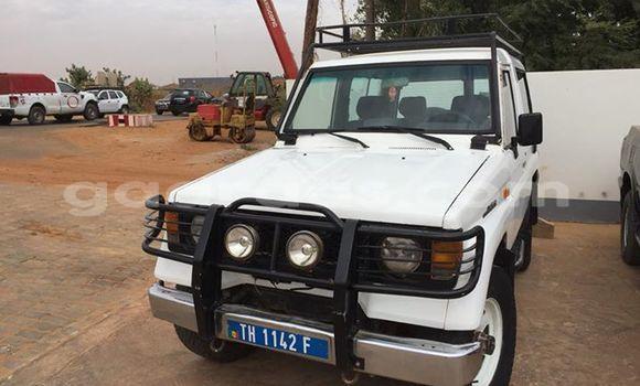 Acheter Occasion Voiture Toyota Land Cruiser Blanc à M'Bour au Thiès