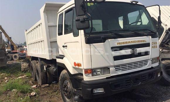Acheter Occasion Utilitaire Nissan UD Blanc à Grand Dakar au Dakar