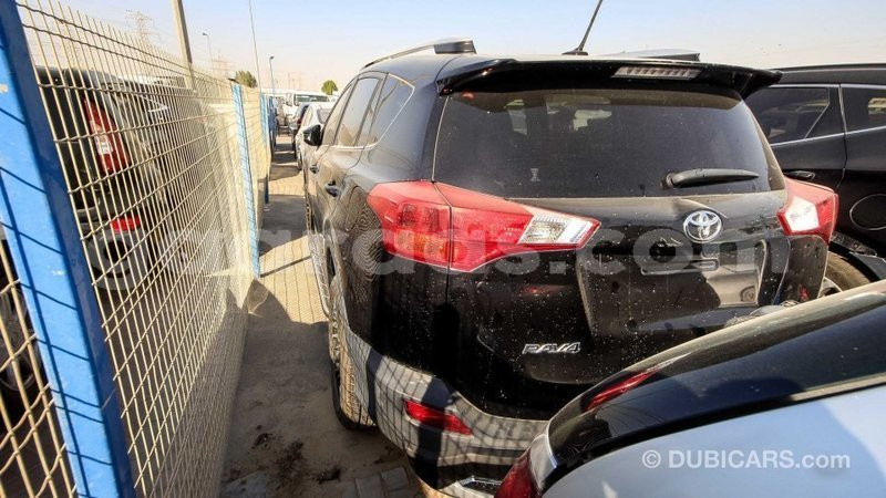 Big with watermark toyota ade dakar import dubai 3991