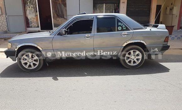 Acheter Occasion Voiture Mercedes‒Benz 190 Gris à Grand Dakar au Dakar