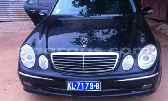 Acheter Occasion Voiture Mercedes‒Benz E-Class Noir à Grand Dakar au Dakar