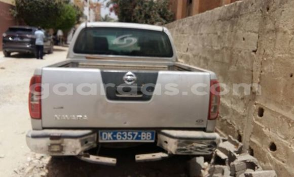Acheter Occasion Voiture Nissan Navara Gris à Grand Dakar au Dakar