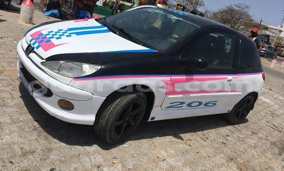 Acheter Occasion Voiture Peugeot 206 Blanc à Grand Dakar au Dakar