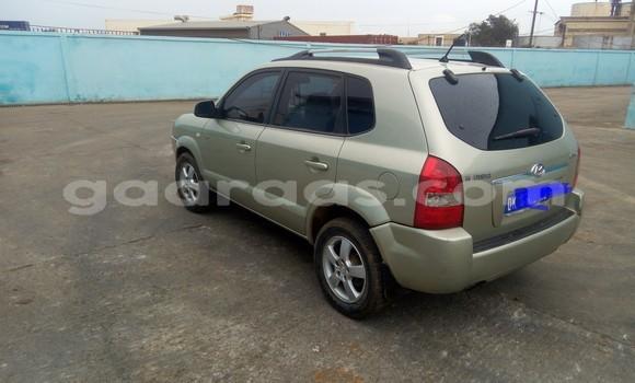 Acheter Occasion Voiture Hyundai Tucson Vert à Parcelles Assainies au Dakar