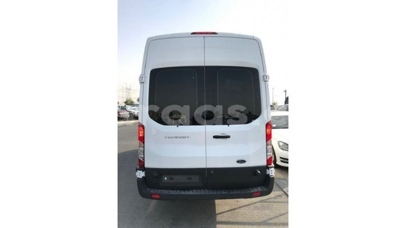 Big with watermark ford club wagon dakar import dubai 4805