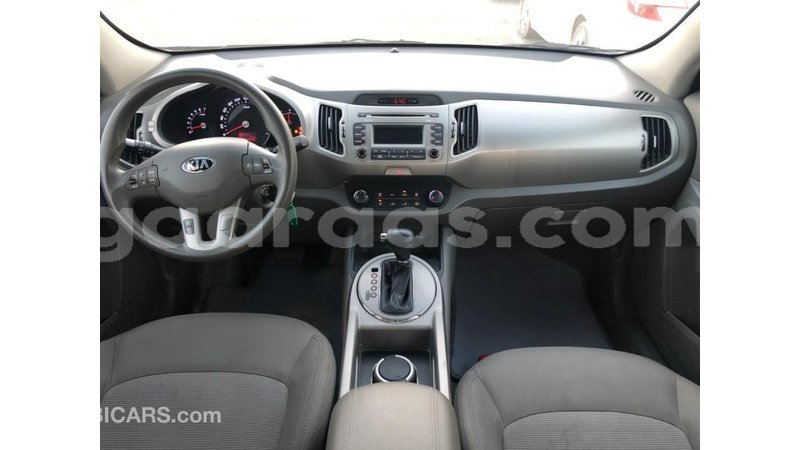 Big with watermark kia sportage dakar import dubai 6296