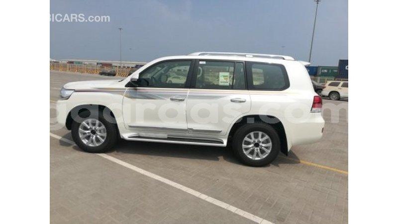 Big with watermark toyota land cruiser dakar import dubai 6630