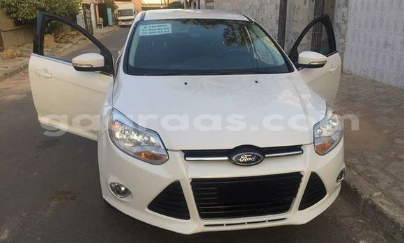 Acheter Occasion Voiture Ford Focus Blanc à Bakel au Tambacounda